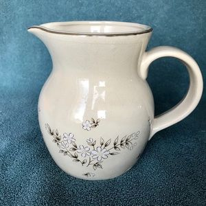 """Newcor """"Candlelight"""" 45 oz. pitcher"""
